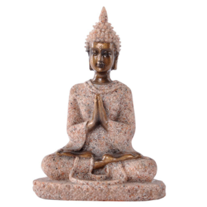 Estatua de piedra arenisca con buda meditando