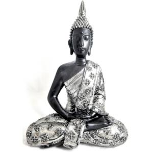 Estatua plateada con buda tailandés sentado