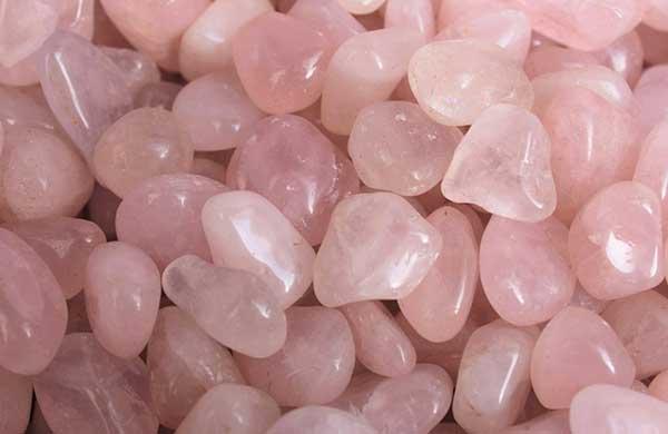 piedra cuarzo rosa amor